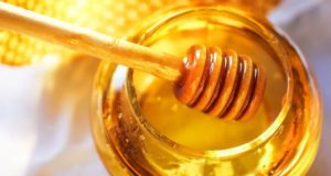 تكبير الذكر بالعسل
